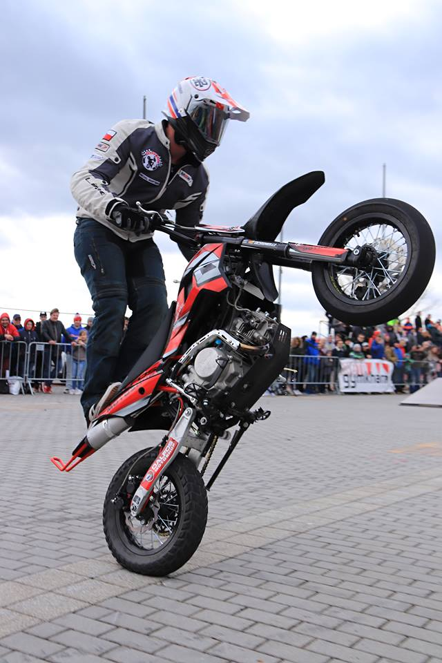 stomp motard mike